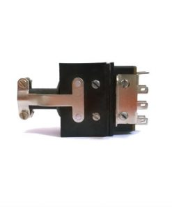 john_plug_with_gromet_clamp_8way_CE872